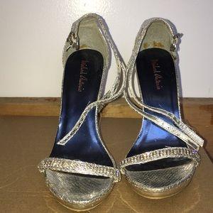 Mint condition shoes size 6